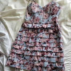 BB Dakota baby blue floral dress x built-in bra